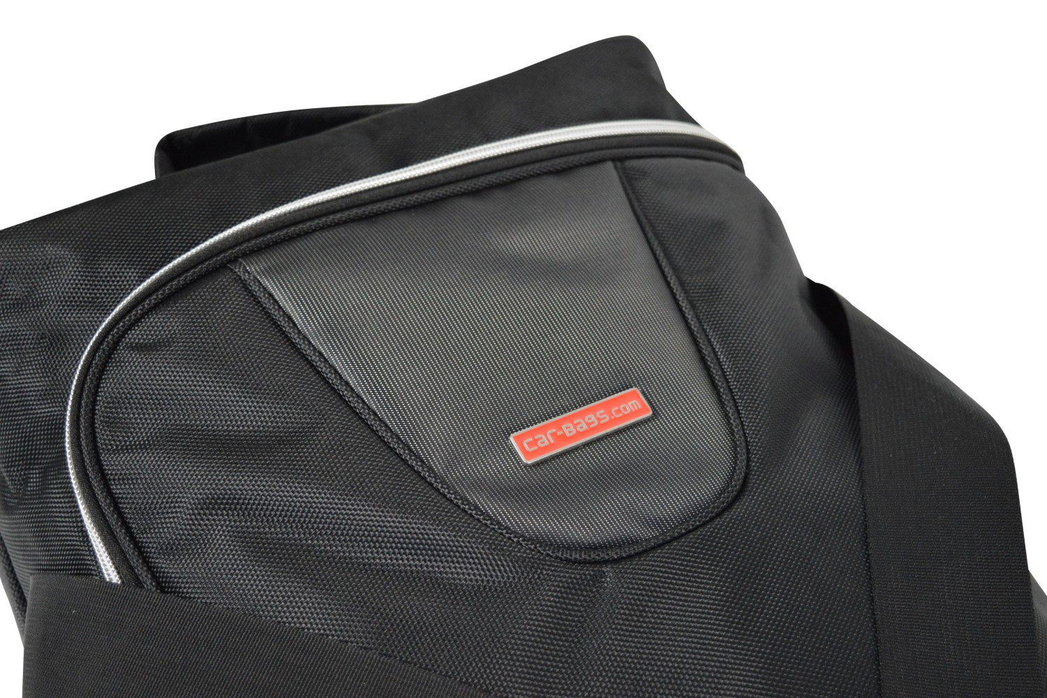 Top quality and 3 years warranty on Car-Bags.com travel bags
