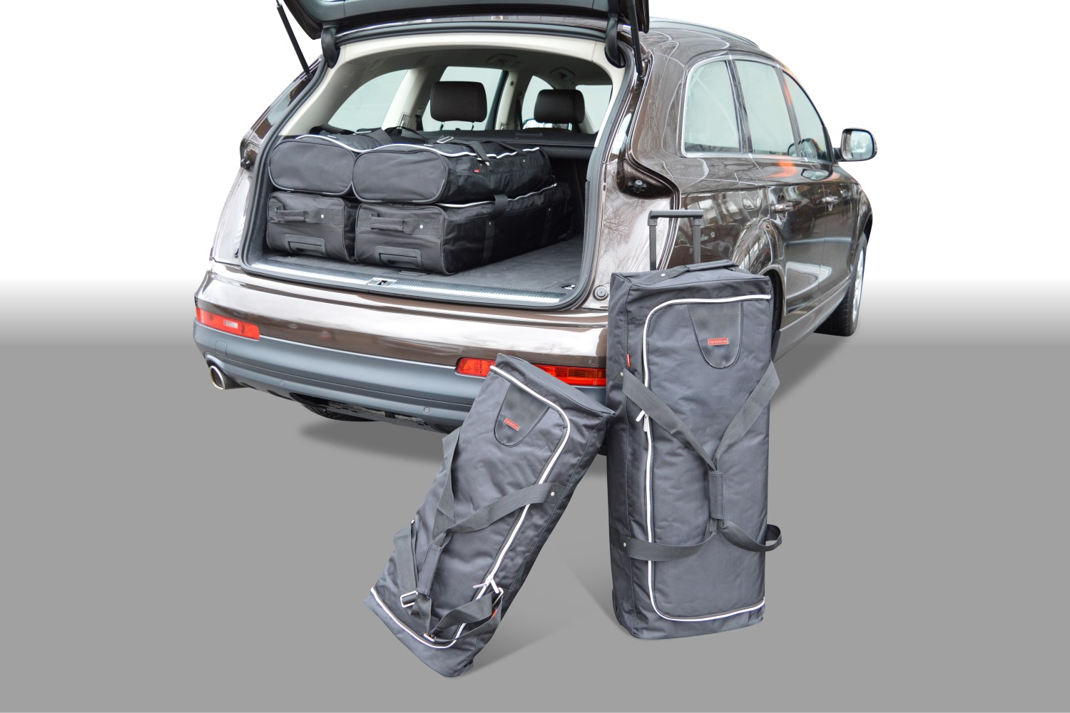 Audi Q7 (4L) 2006-2015 Car-Bags.com travel bag set (1)