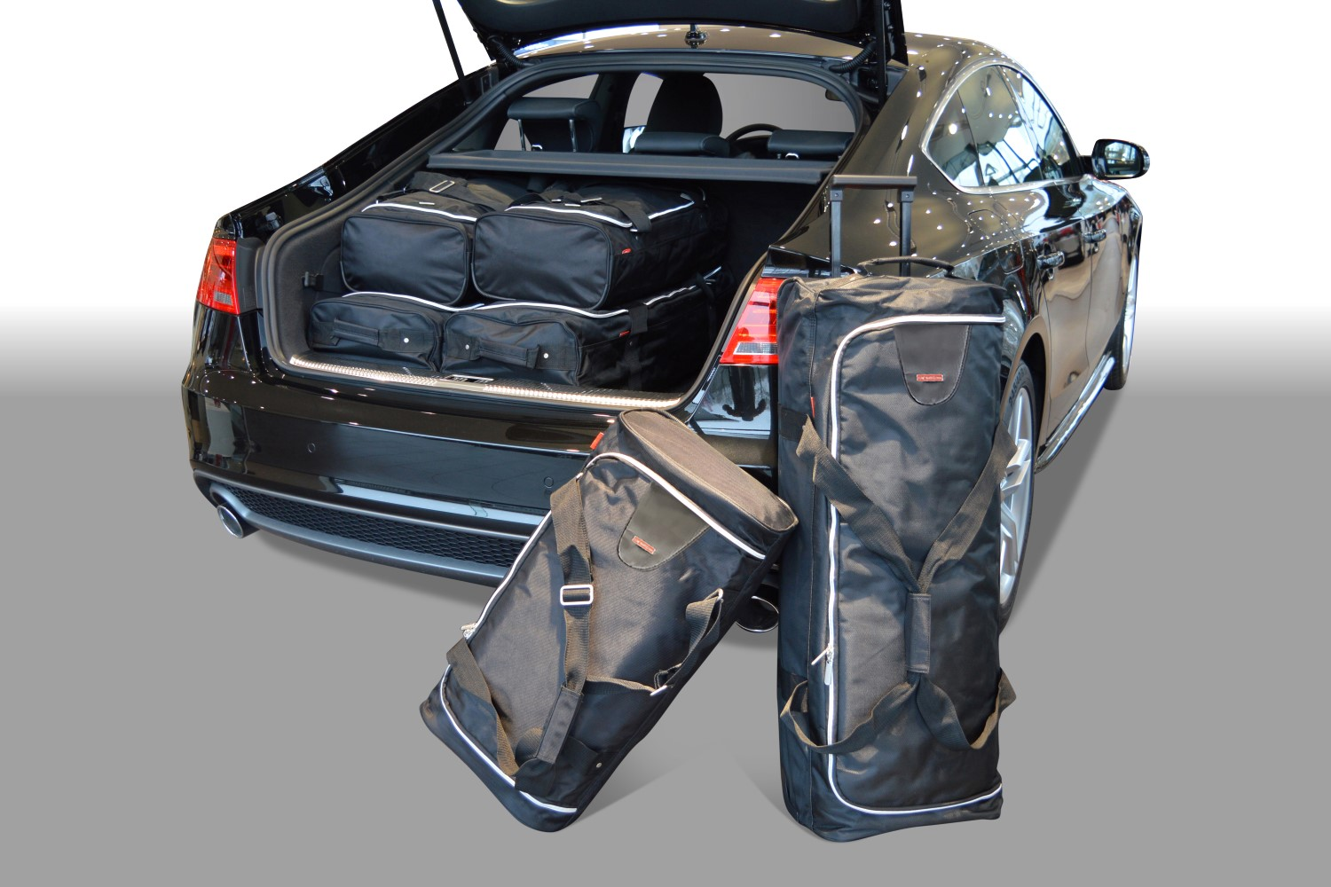 Audi A5 Sportback (8TA) 2009-2016 5 door Car-Bags.com travel bag set (1)
