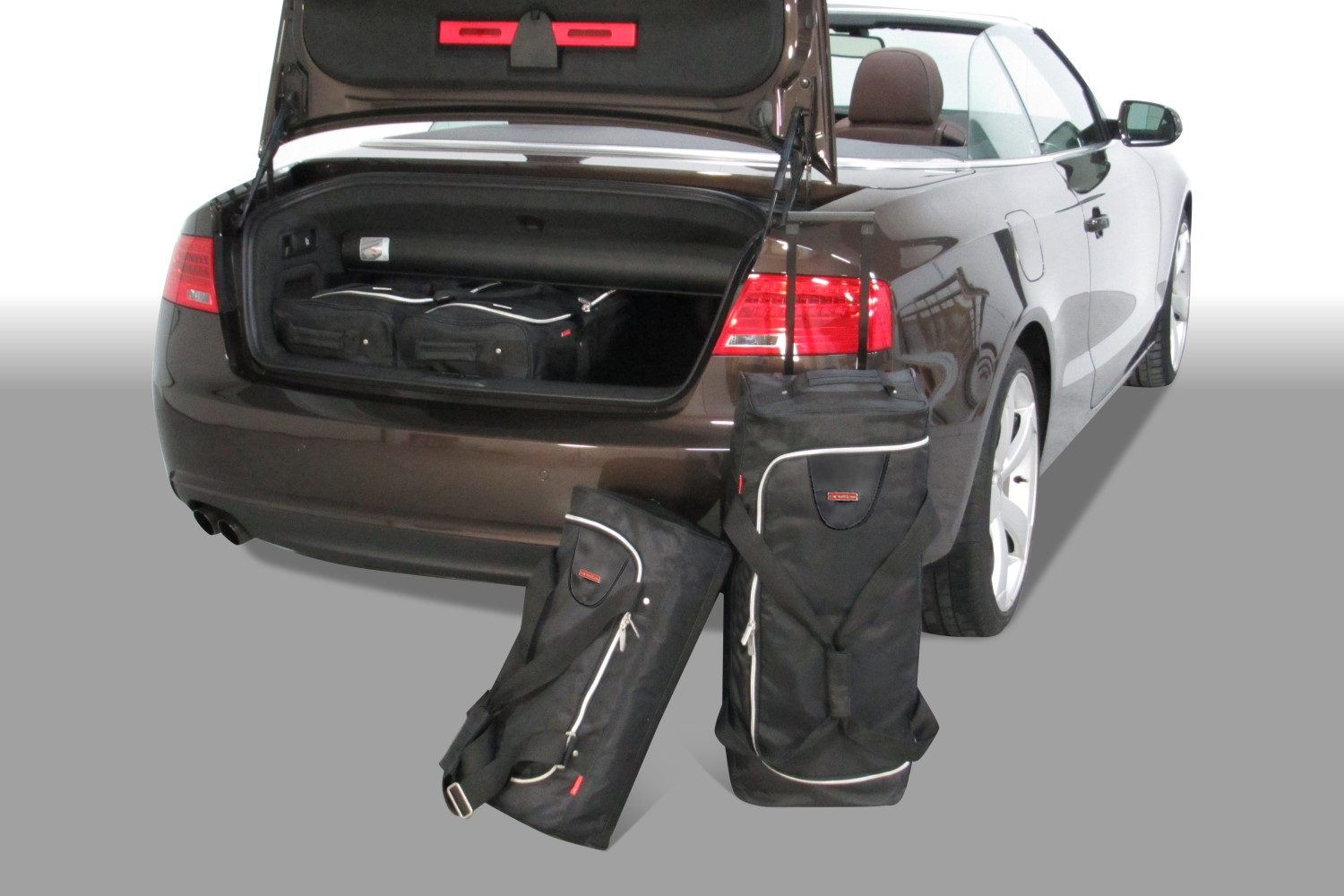 Audi A5 Cabriolet (8F7) 2009-2017 Car-Bags.com travel bag set (1)