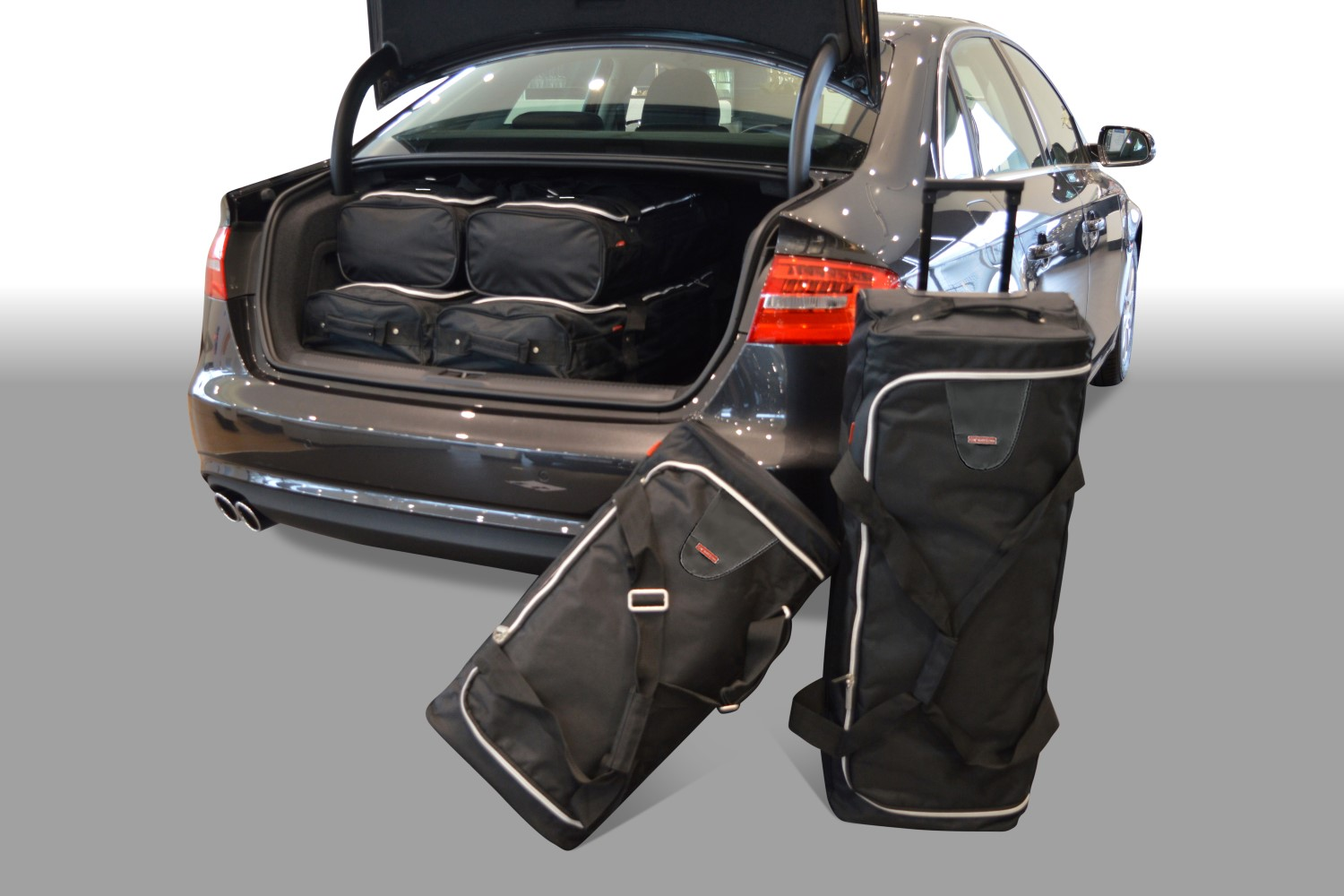 Audi A4 (B8) 2008-2015 4 door Car-Bags.com travel bag set (1)