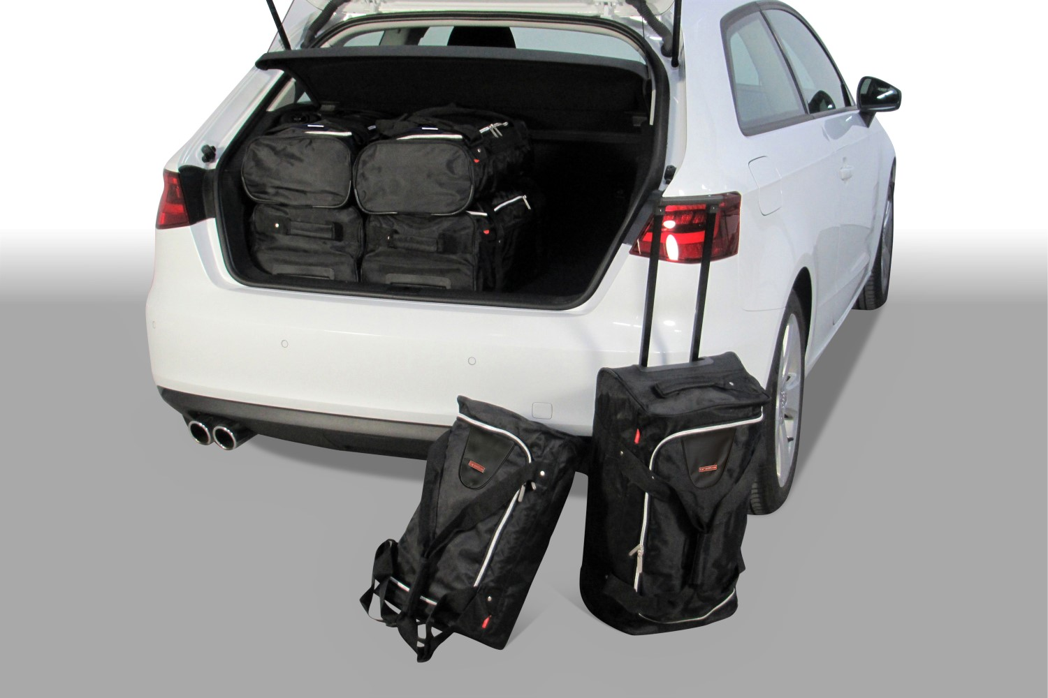 Audi A3 (8V) 2012- 3 door Car-Bags.com travel bag set (1)