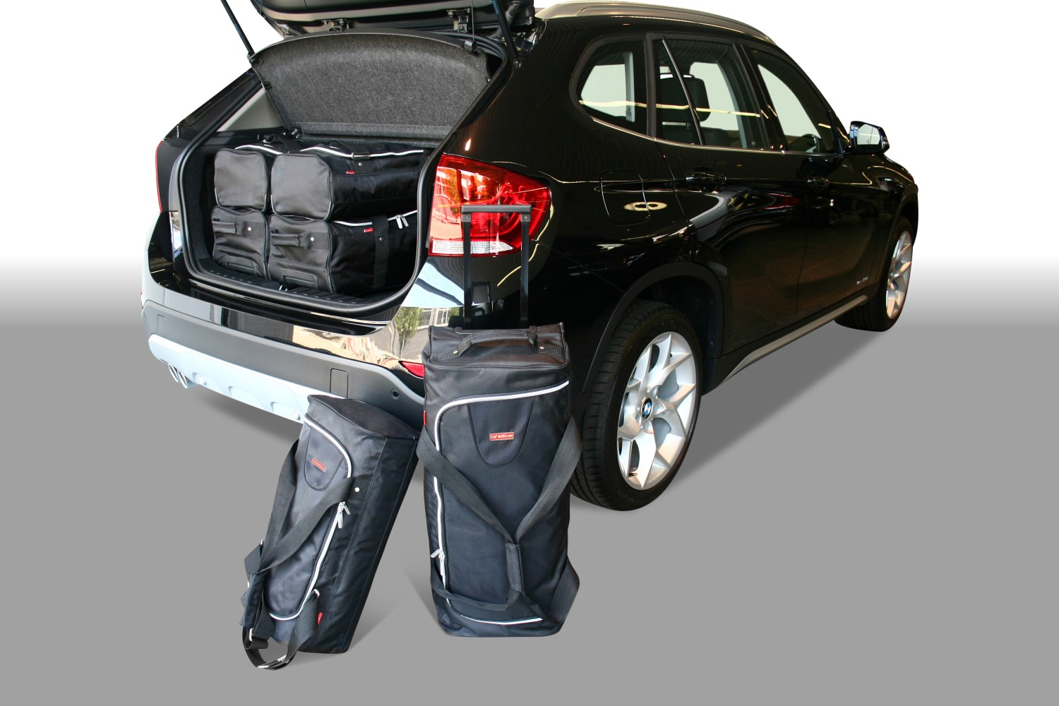 x1 bmw x1 e84 2010 2015 car bags reisetaschen. Black Bedroom Furniture Sets. Home Design Ideas