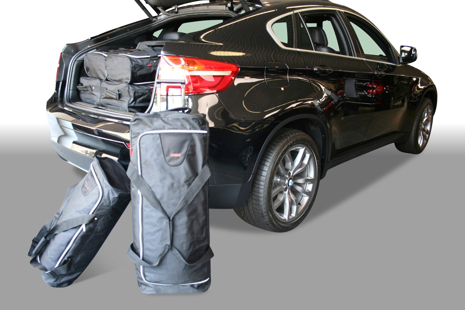 BMW X6 (E71) 2008-2014 Car-Bags.com travel bag set (1)