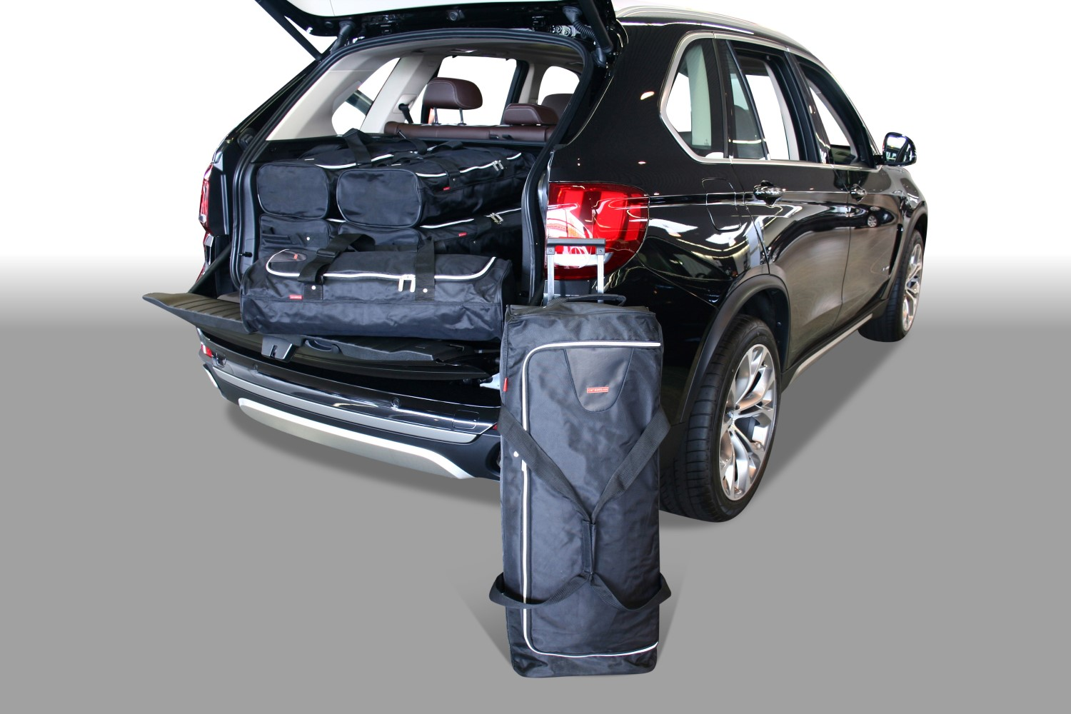 BMW X5 (F15) 2013-2018 Car-Bags.com travel bag set (1)