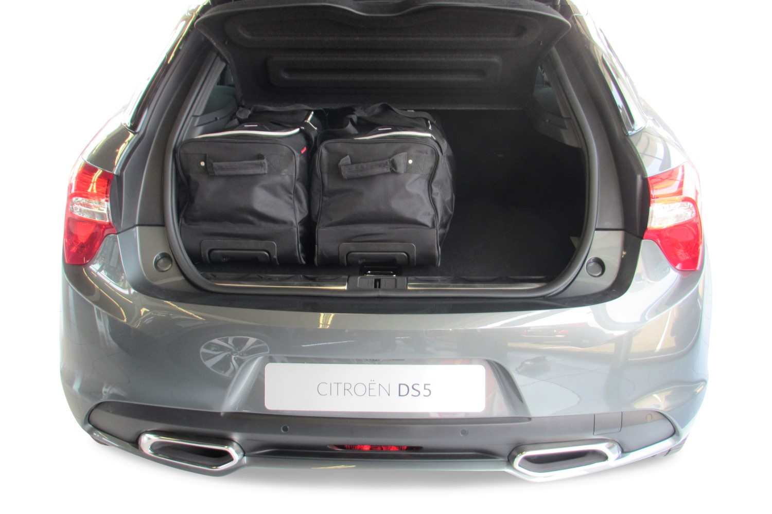 ds5 citro n ds5 hybrid4 2012 present 5d car bags travel bags. Black Bedroom Furniture Sets. Home Design Ideas