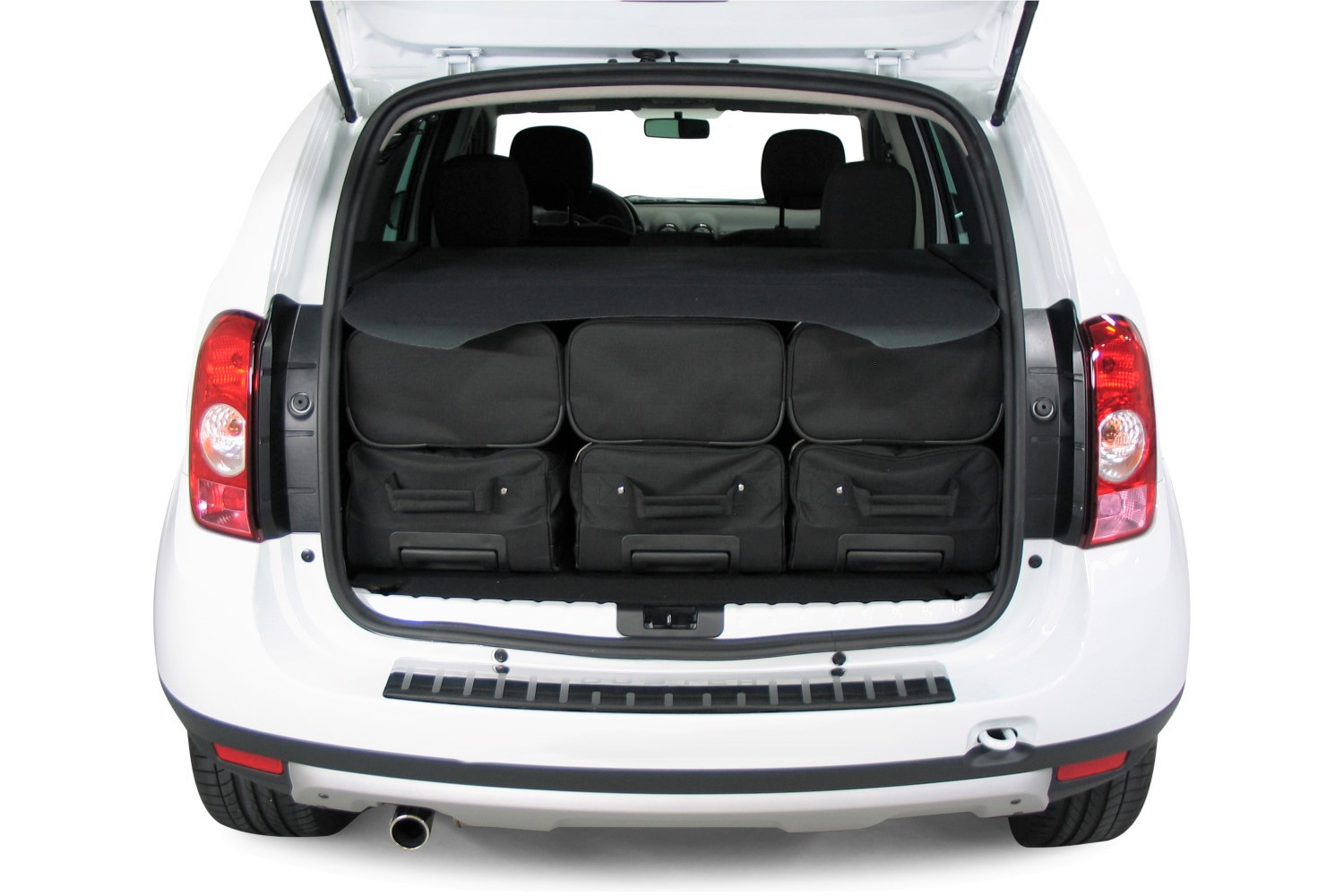 duster dacia duster 1 4x4 2010 2017 car bags travel bags. Black Bedroom Furniture Sets. Home Design Ideas