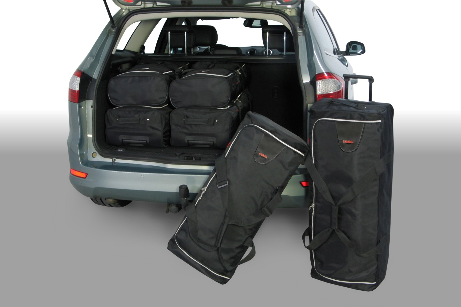 Ford Mondeo IV 2007-2014 wagon Car-Bags.com travel bag set (1)