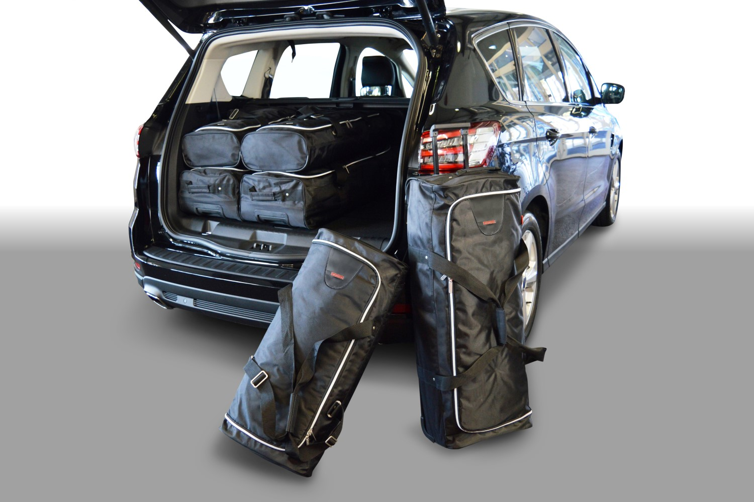 s max ford s max ii 2015 present car bags travel bags. Black Bedroom Furniture Sets. Home Design Ideas