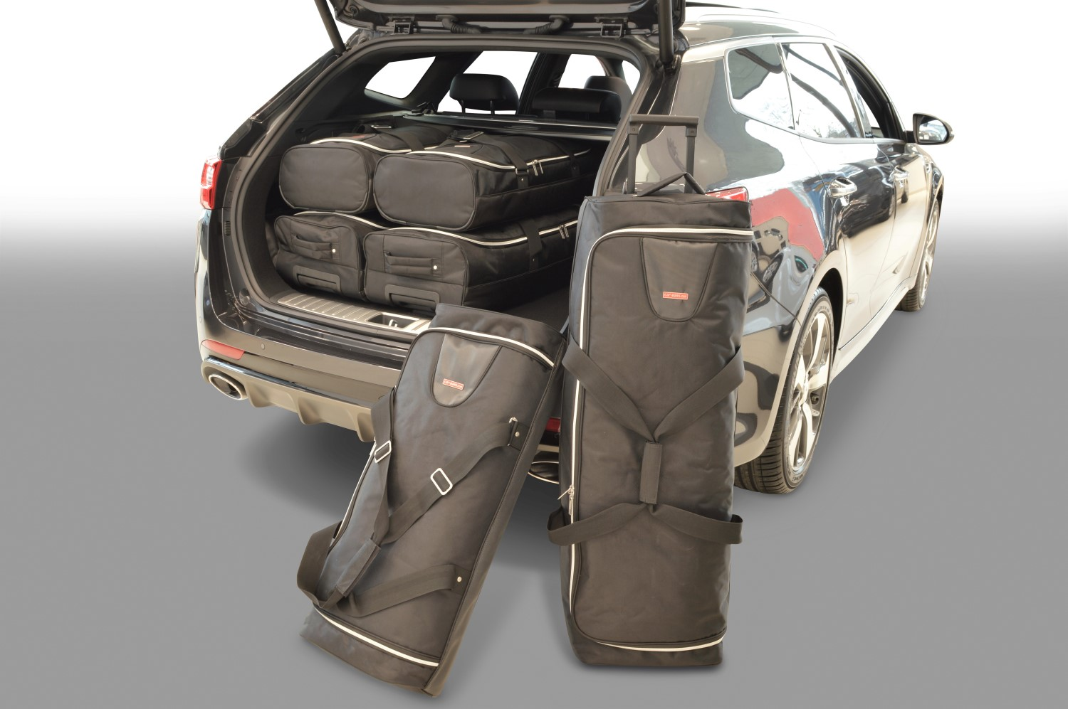 Kia Optima (JF) Sportswagon 2016- Car-Bags.com travel bag set (1)
