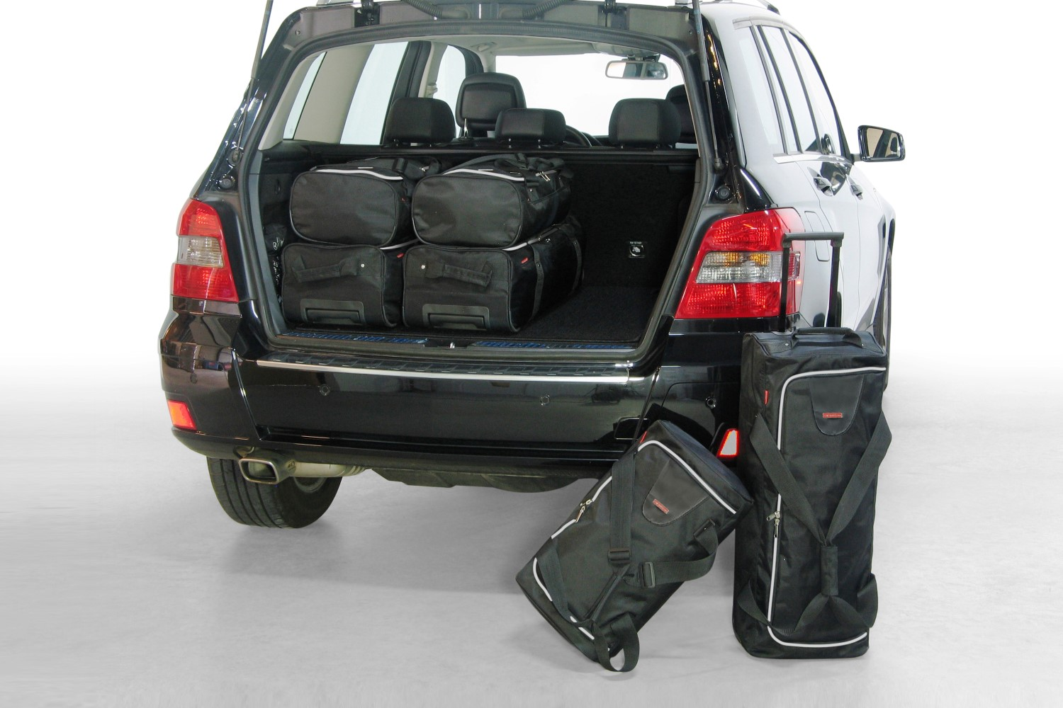 Glk mercedes benz glk x204 2008 2015 car bags travel bags for Mercedes benz backpack