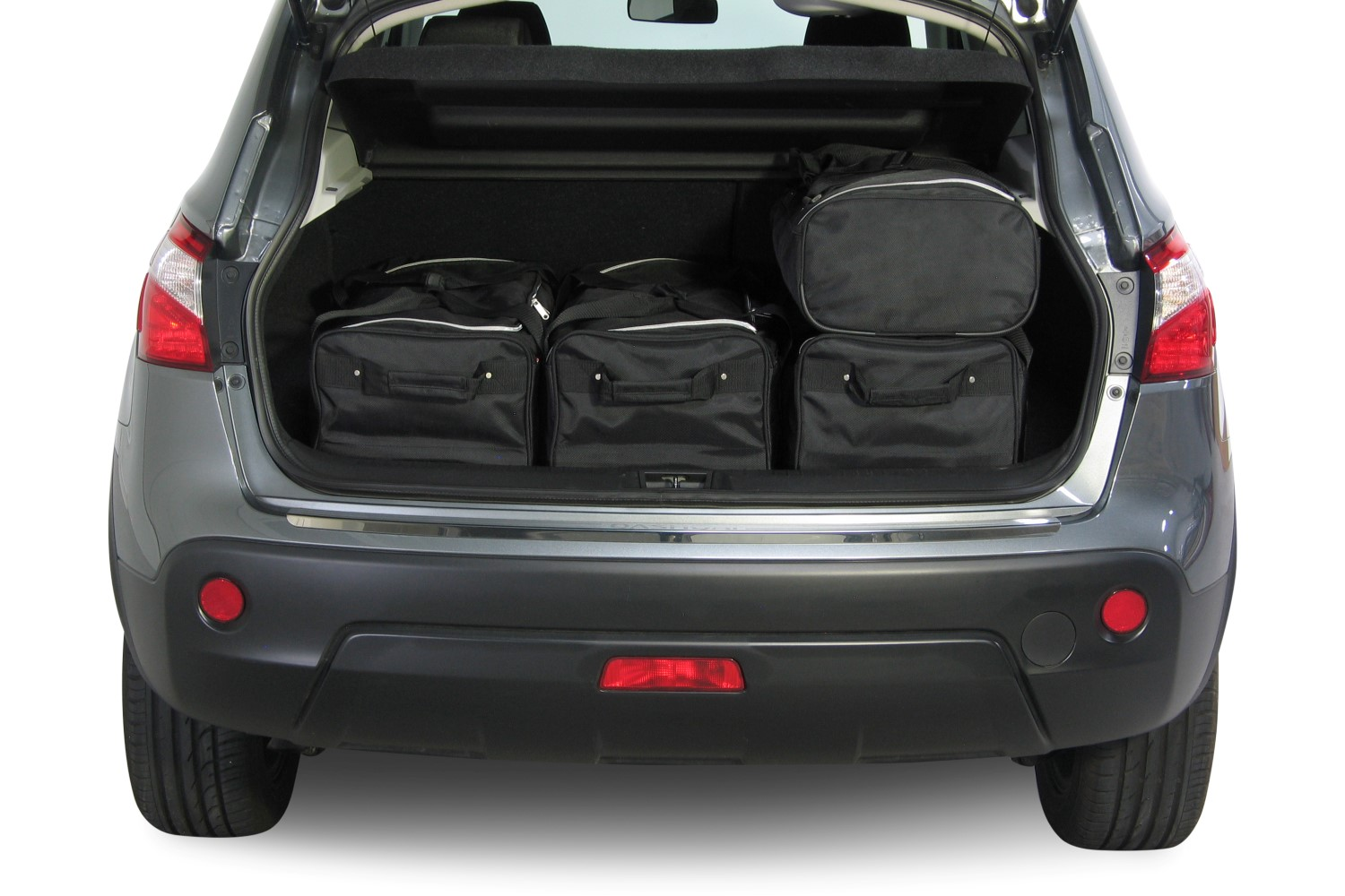 qashqai nissan qashqai j10 2007 2013 car bags set de sacs de voyage. Black Bedroom Furniture Sets. Home Design Ideas