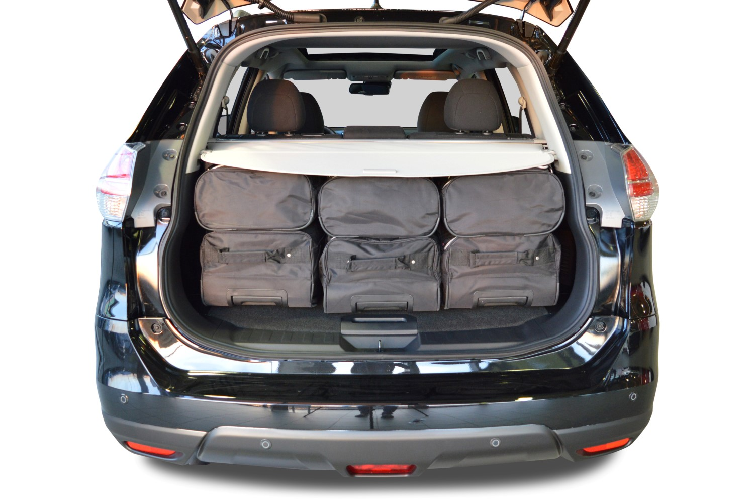 x trail iii t32 2013 nissan x trail t32 2013 present car bags travel bags. Black Bedroom Furniture Sets. Home Design Ideas