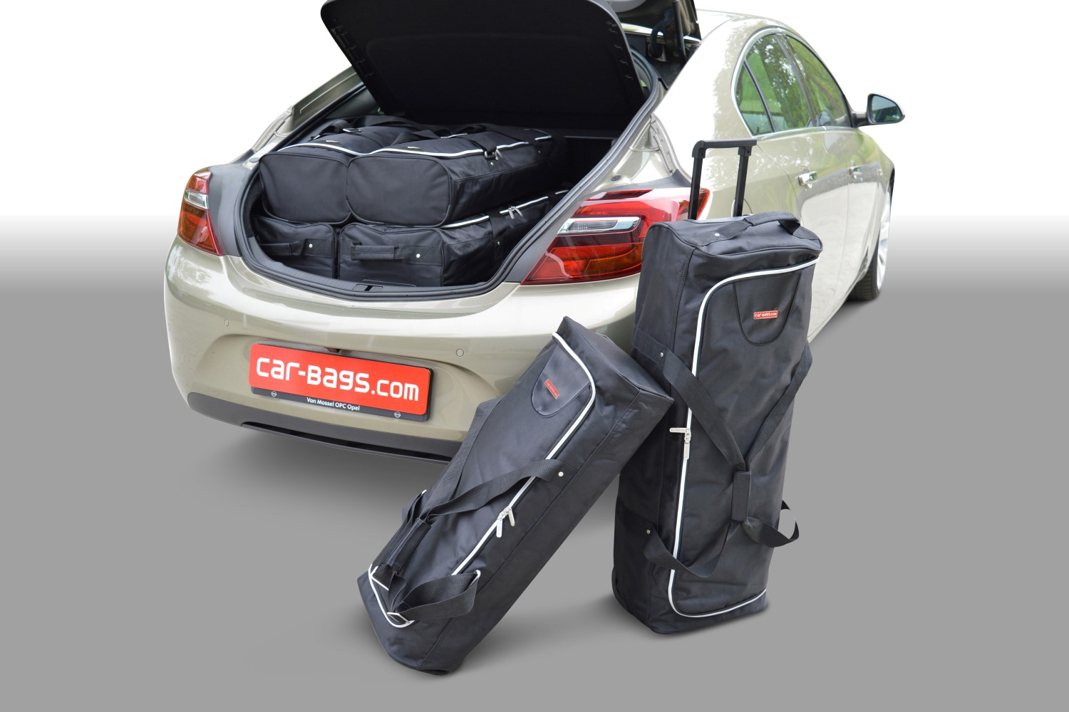 Opel Insignia A 2008-2017 5 door Car-Bags.com travel bag set (1)