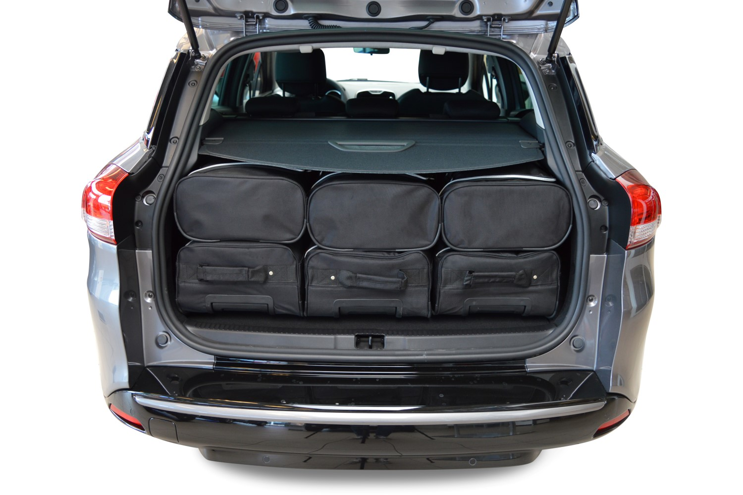 clio renault clio iv estate grandtour 2013 heden car bags reistassenset. Black Bedroom Furniture Sets. Home Design Ideas