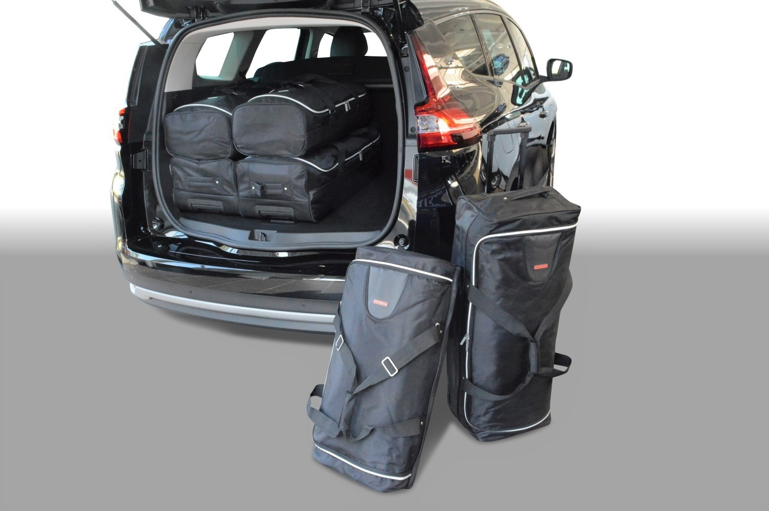 100 renault grand scenic luggage capacity renault grand scenic grand dynamique tomtom. Black Bedroom Furniture Sets. Home Design Ideas