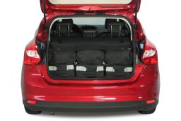 Ford Focus III 2011- 5 door Car-Bags.com travel bag set (4)