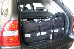 Kia Sportage II (JE) 2004-2010 Car-Bags.com travel bag set (3)