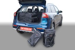 Kia Niro 2016- Car-Bags.com travel bag set (1)