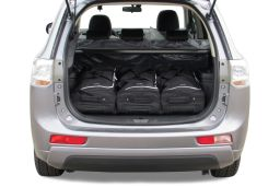 Mitsubishi Outlander PHEV 2013- Car-Bags.com travel bag set (2)