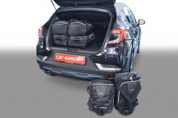 Renault Captur 20149- 5 door Car-Bags.com travel bag set (1)