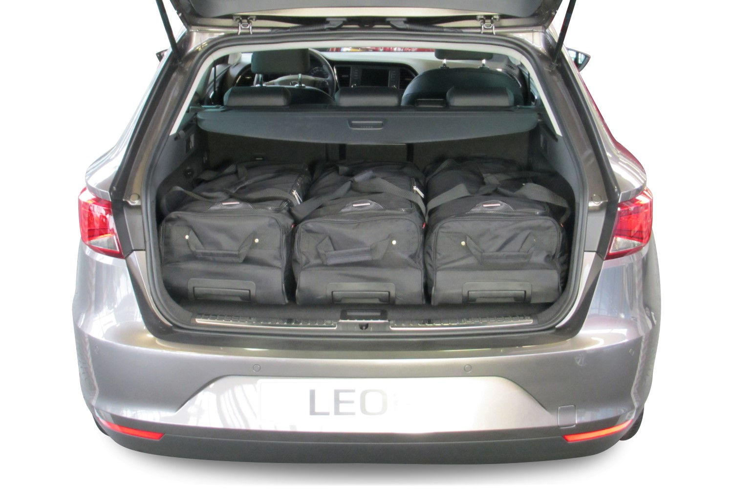 leon seat leon st 5f 2014 pr sent car bags set de sacs de voyage. Black Bedroom Furniture Sets. Home Design Ideas