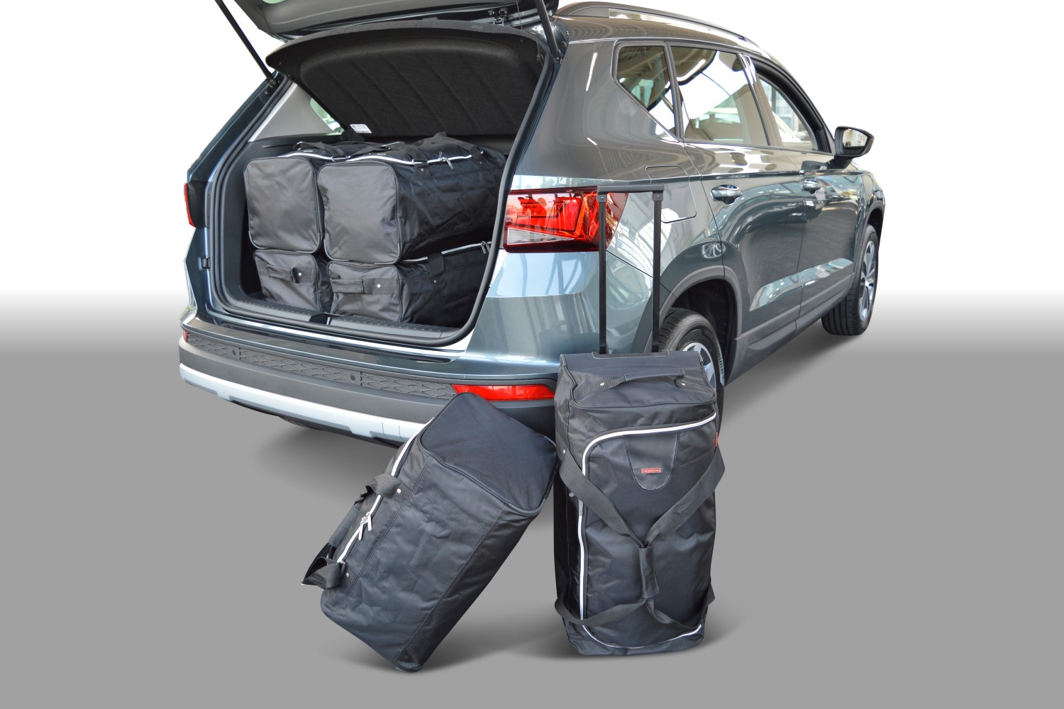 seat ateca low boot floor car travel bags car. Black Bedroom Furniture Sets. Home Design Ideas