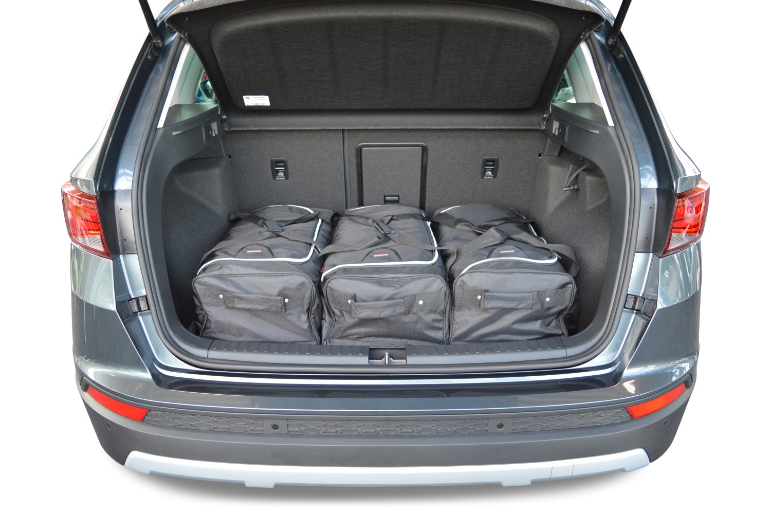 ateca seat ateca 2016 present car bags travel bags low boot floor no organiser no 4wd. Black Bedroom Furniture Sets. Home Design Ideas