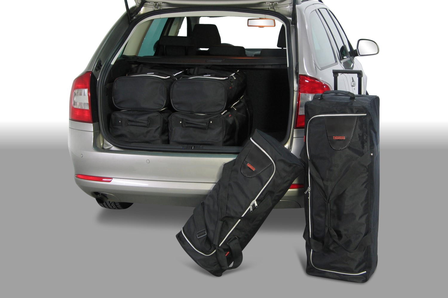 Skoda Octavia II (1Z) Combi 2004-2013 Car-Bags.com travel bag set (1)