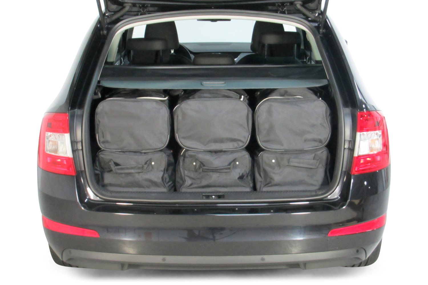 skoda octavia trunk volume. Black Bedroom Furniture Sets. Home Design Ideas
