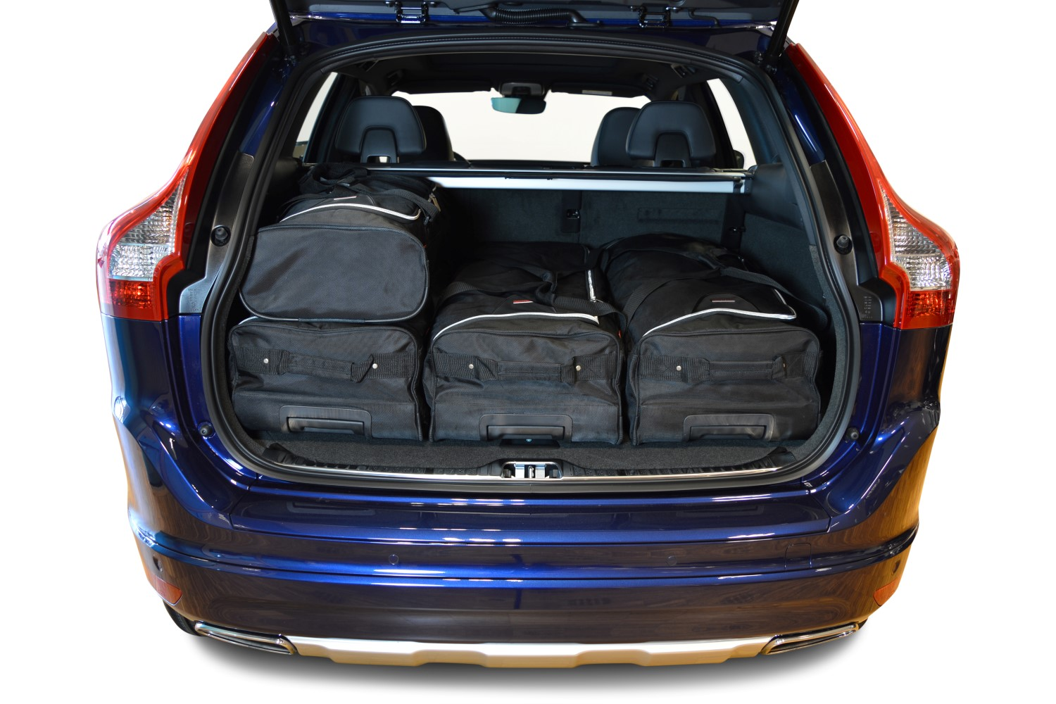 Volvo XC60 car travel bags | Car-Bags.com